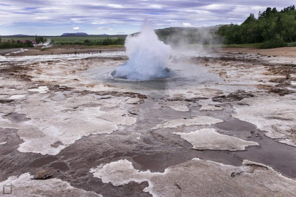 geyser che erutta circolo d'oro
