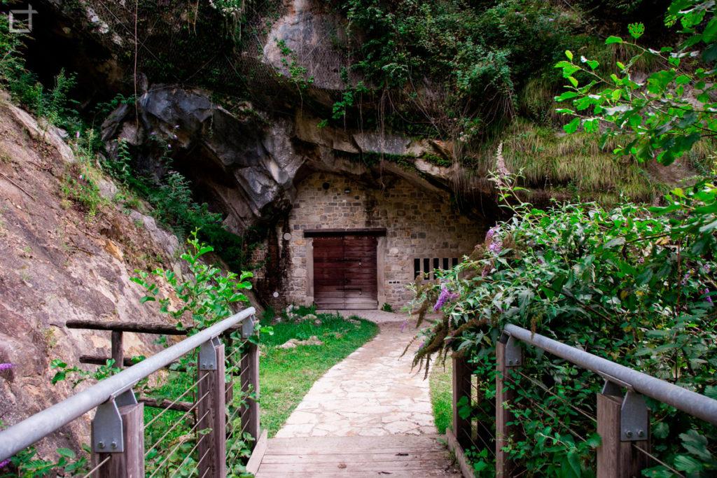 Grotta di San Lucio Caseificio Agricansiglio