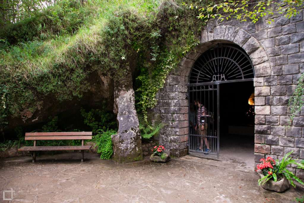 Grotta della Madonna - Caglieron