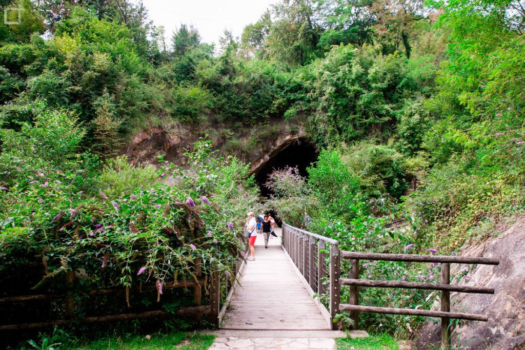 Passerella pedonale Grotte Veneto