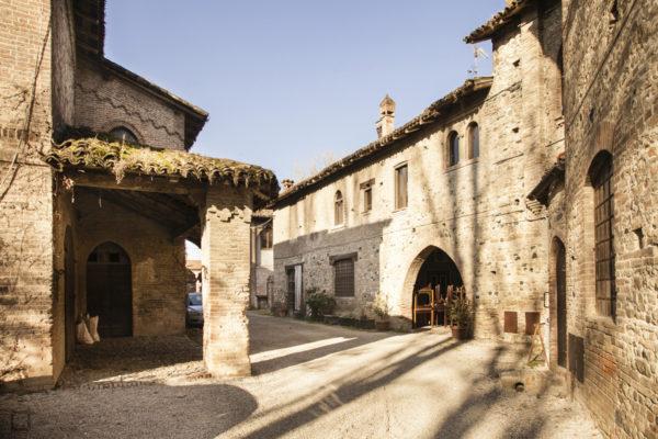 Case e Portici borgo Piacenza