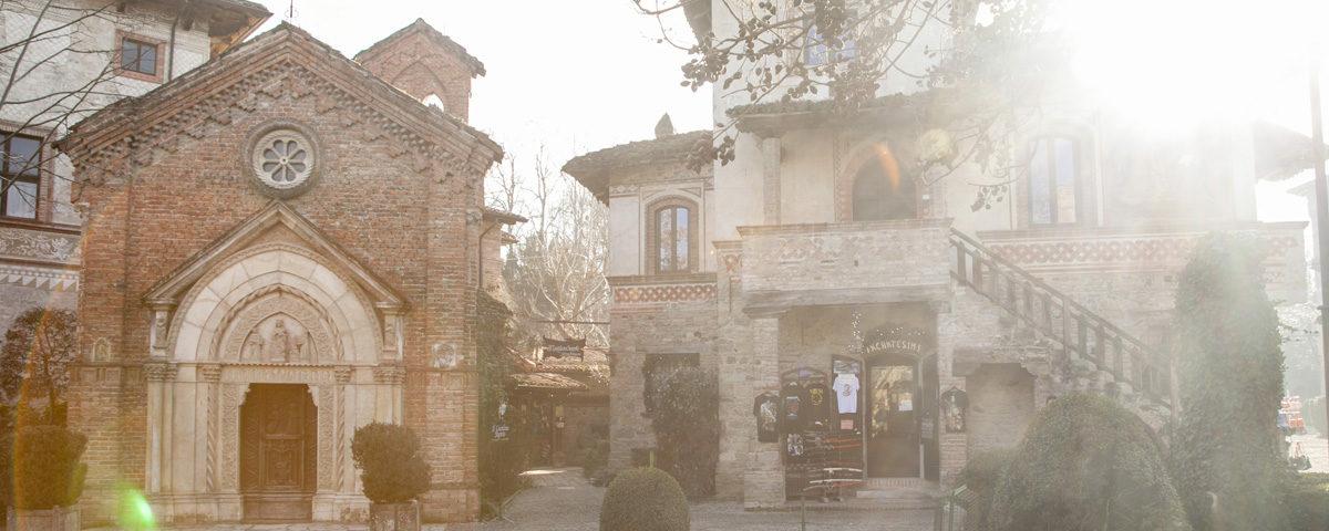 Chiesa Gotica Bagliore sole