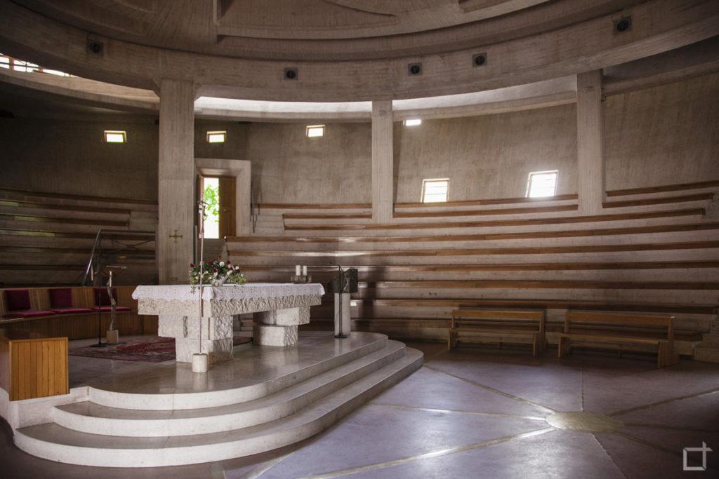 Chiesa diga del Vajont