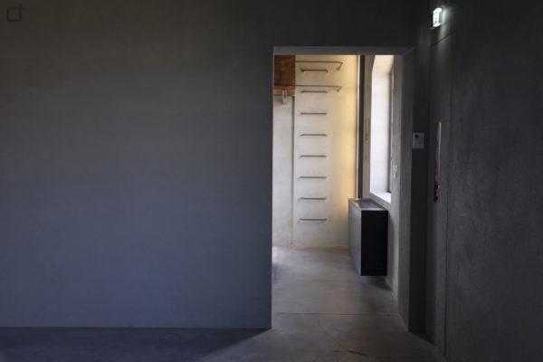 Haunted House interni