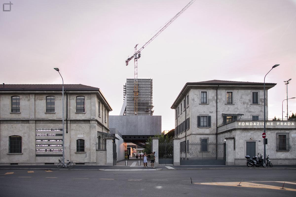 Fondazione prada milano la nuova sede e le mostre permanenti for Largo isarco 2 milano