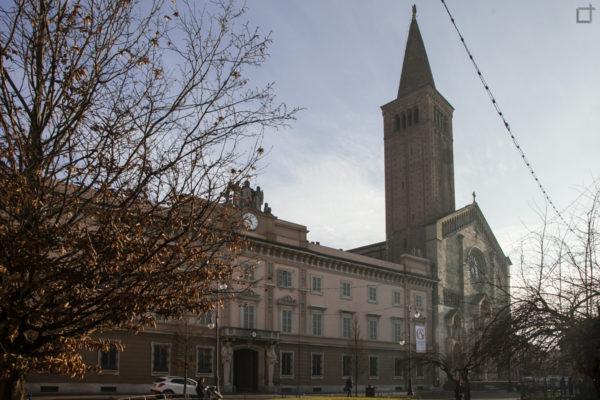 Palazzo Vescovile e Piazza Duomo - Piacenza