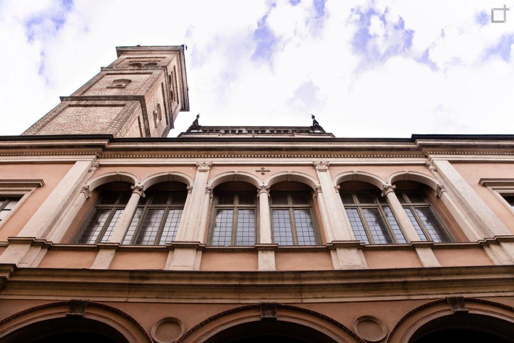 Fianco del Duomo con Campanile