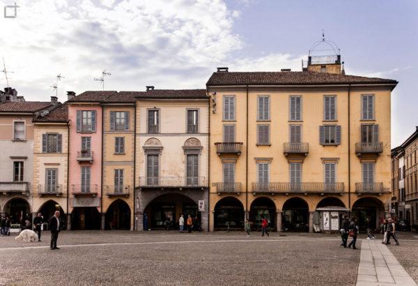 Lodi Piazza della Vittoria - Edifici Storici