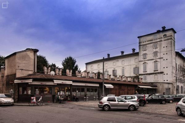 Palazzo Vescovile su Piazza del Mercato