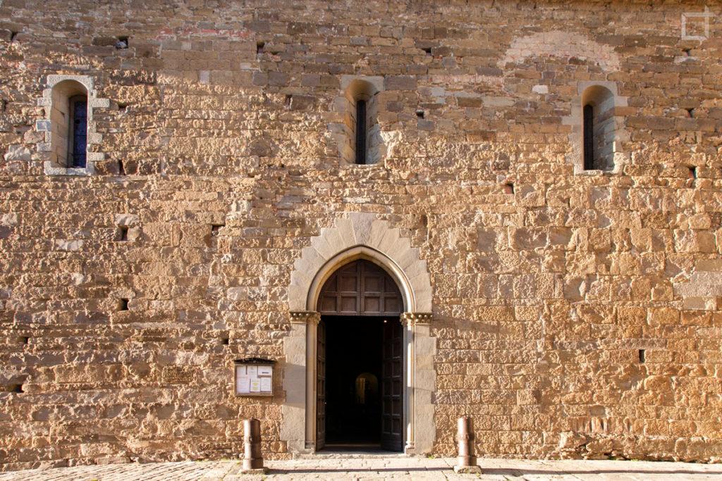 Portale Abbazia di San Fedele a Poppi