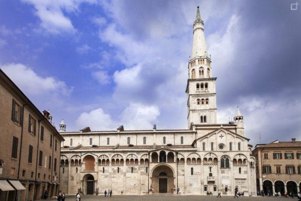 Cattedrale metropolitana di Santa Maria Assunta in Cielo e San Geminiano - Duomo di Modena e Torre Civica Patrimonio UNESCO