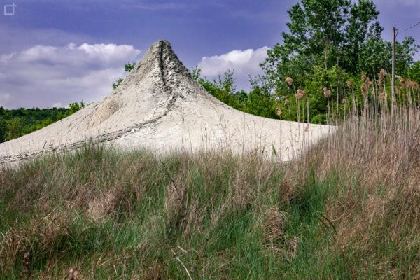 Fuoriuscita di Fango in vulcani di argilla