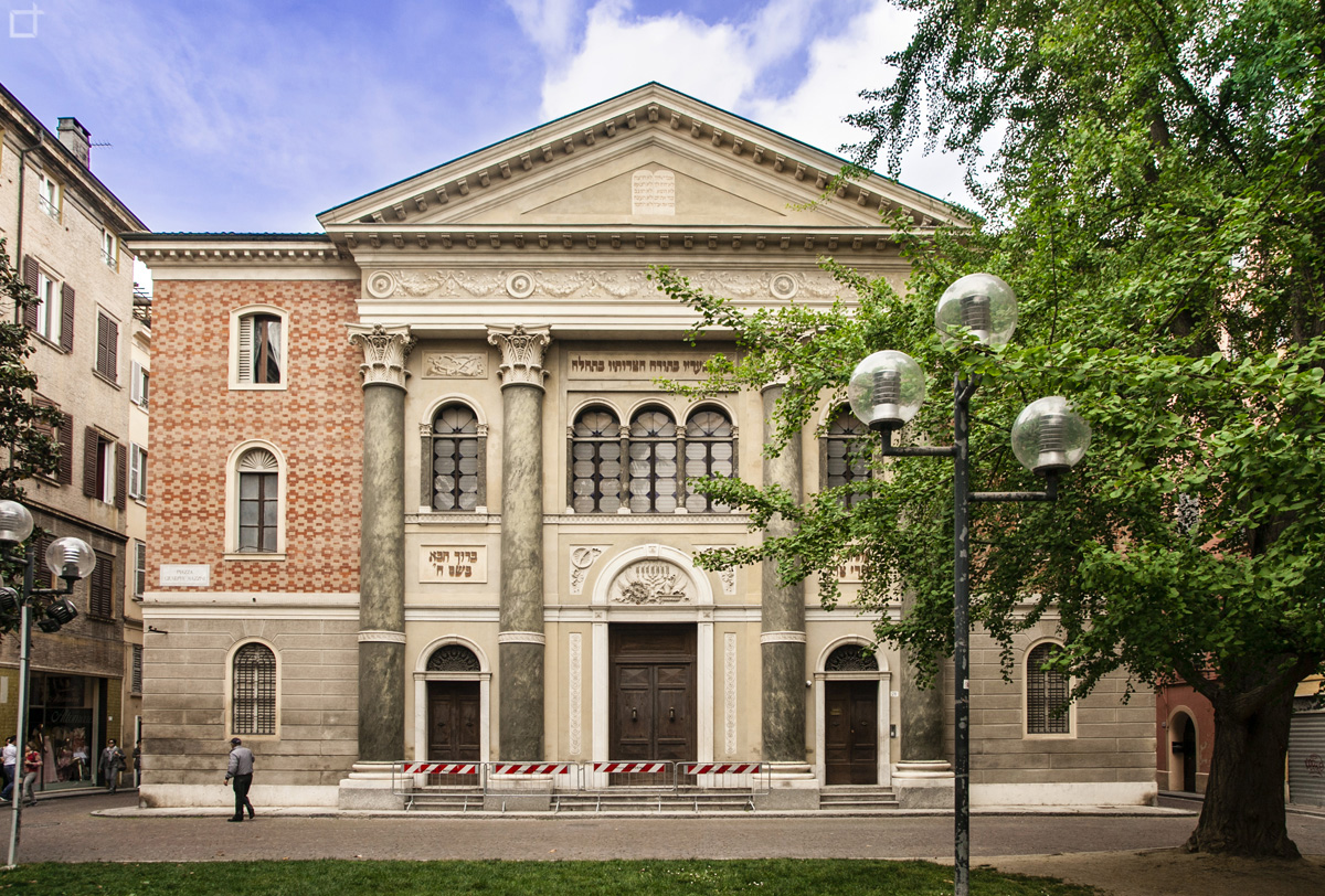 Modena Sinagoga - Tempio Israelitico in Piazza Giuseppe Mazzini
