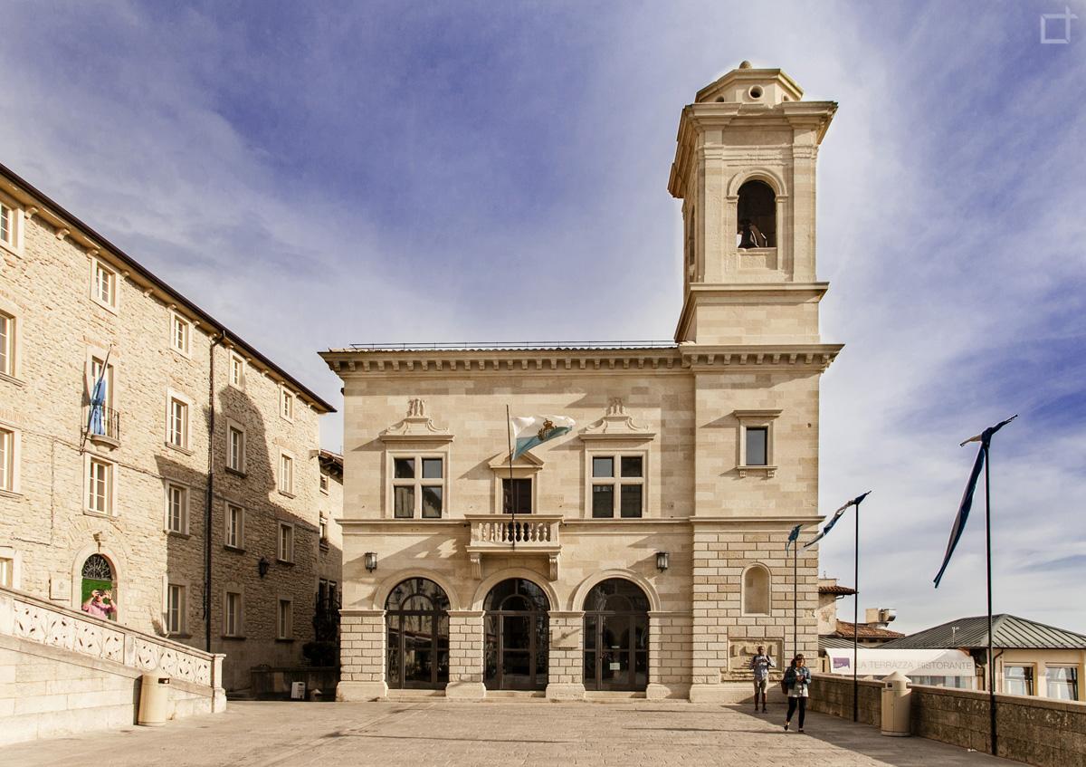 San Marino - la Repubblica del Monte Titano - Lorenzo Taccioli