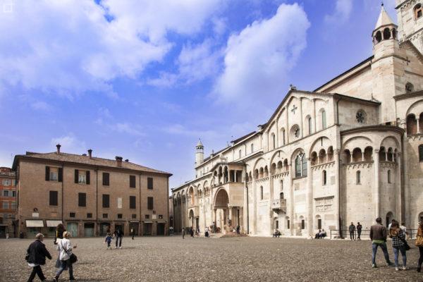 Piazza Grande di Modena - Patrimonio dell UNESCOPiazza Grande di Modena - Patrimonio dell'UNESCO