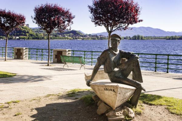 Cosa Vedere ad Arona - Statua il Marinaio