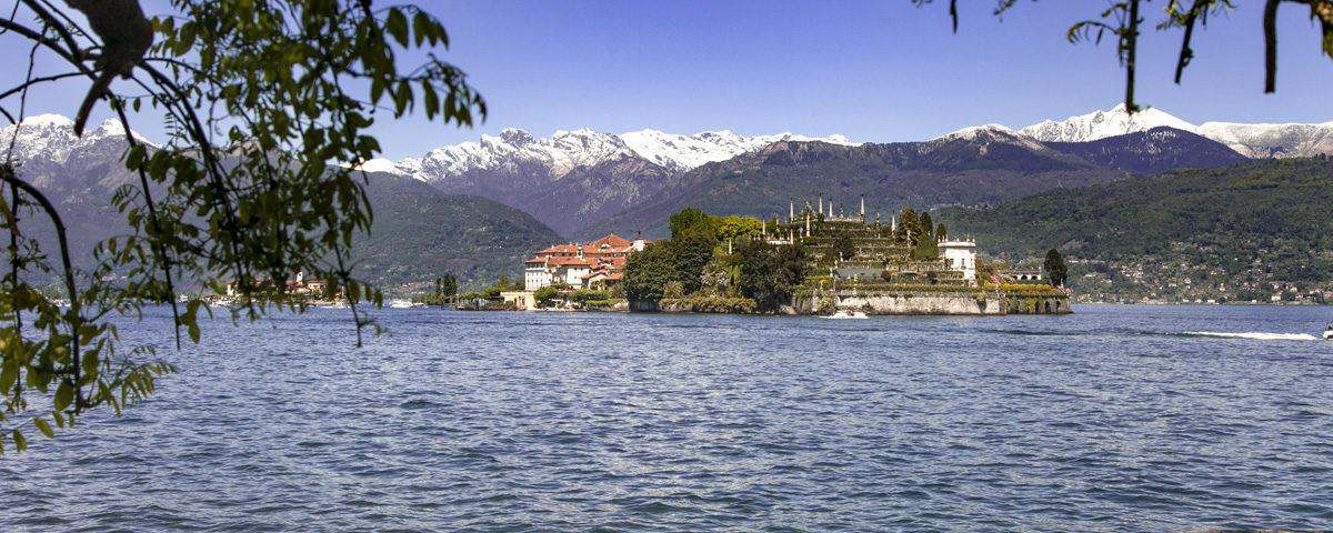 Isola Bella dal lungolago di Stresa