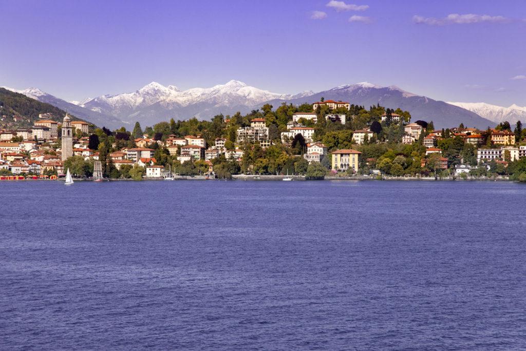 Lago Maggiore visto da isole borromee