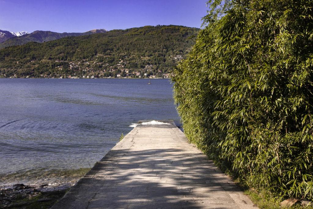Passeggiata fino al lago