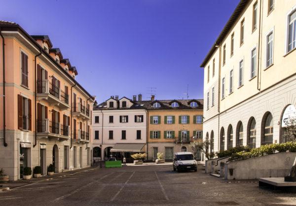 Piazza San Graziano Arona