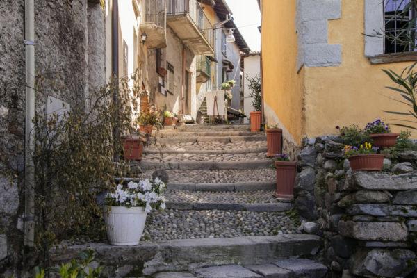 Scalinata - Vicoli - Isola Borromea