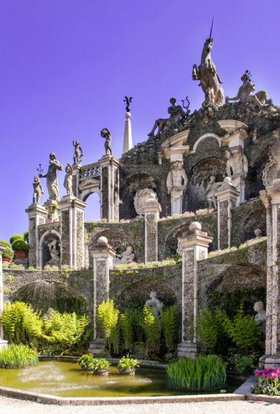 Teatro Massimo - Statue nei Giardini dell Isola Bella - Isole Borromee