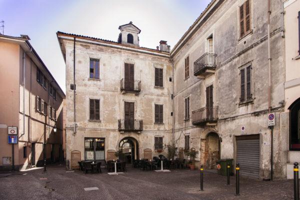 Via Garelli - Vecchi Palazzi