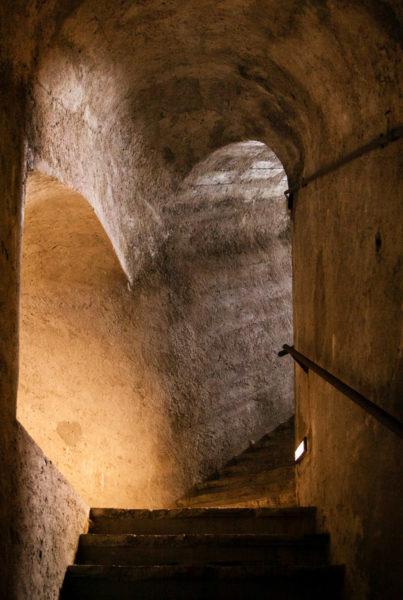 Accesso ai sotterranei del castello