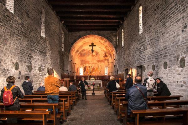 Interni Chiesa Abbazia di Piona