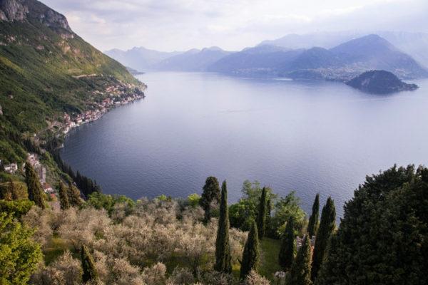 Panorama sul Lago di Como - Splendida Veduta di Natura in Provincia di Lecco