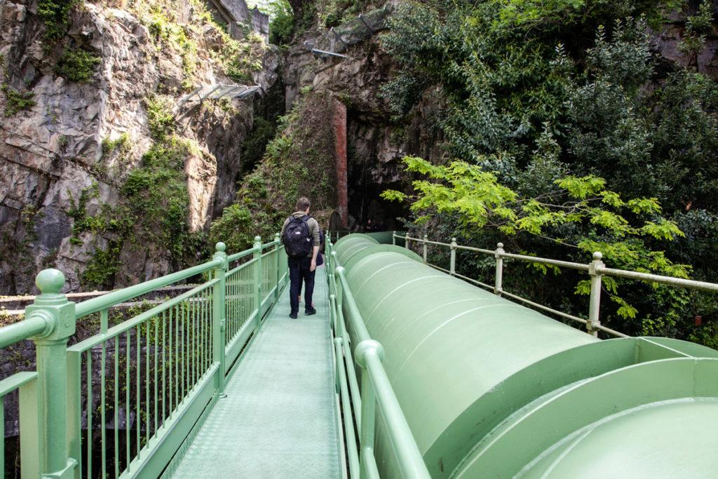 Passerella sul Torrente Pioverna - Lago di Como