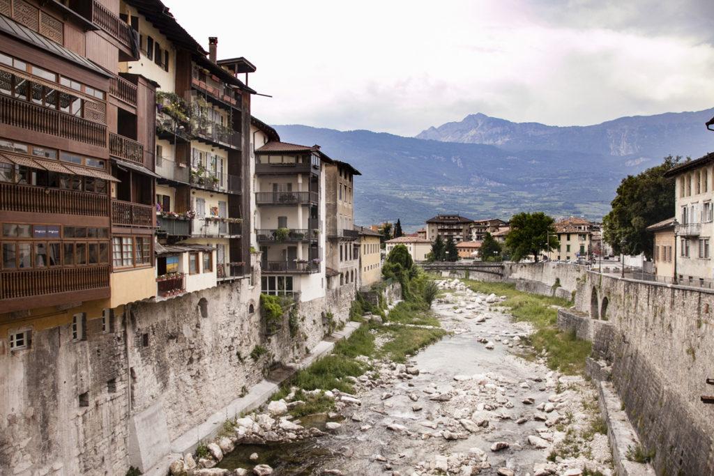 Abitazioni sospese sul Fiume - Rovereto