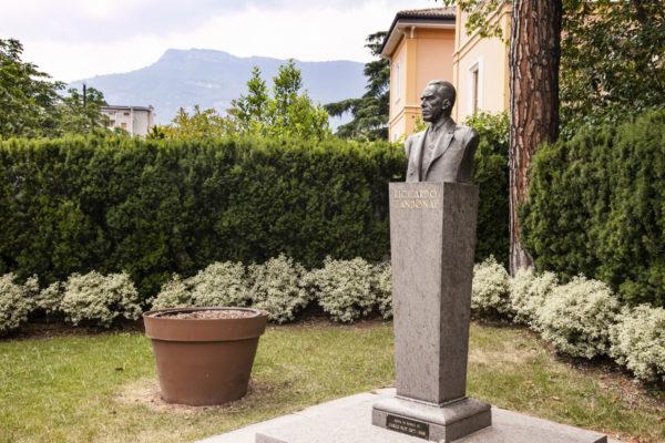 Busto Riccardo Zandonai