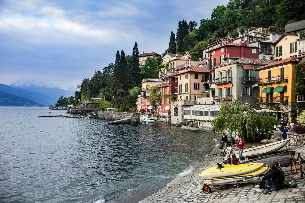 Porticciolo e Lungolago di Varenna - Borgo Provincia di Lecco