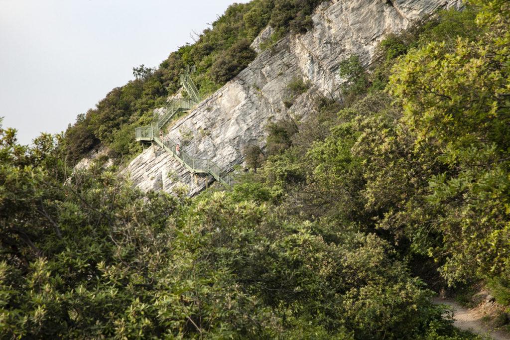 Scalinata sospesa - Trekking per tutti sul lago di Garda