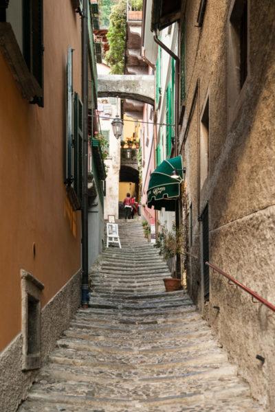 Scalinata verso Piazza San Giorgio