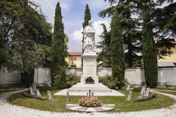 Statua Antonio Rosmini