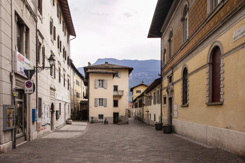 Via Giovanni Canestrini - Vicoli del Centro Storico di Rovereto