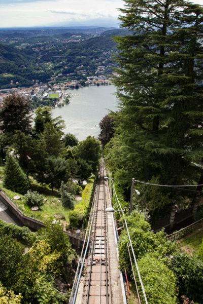 Discesa della Funicolare sul lago di Como