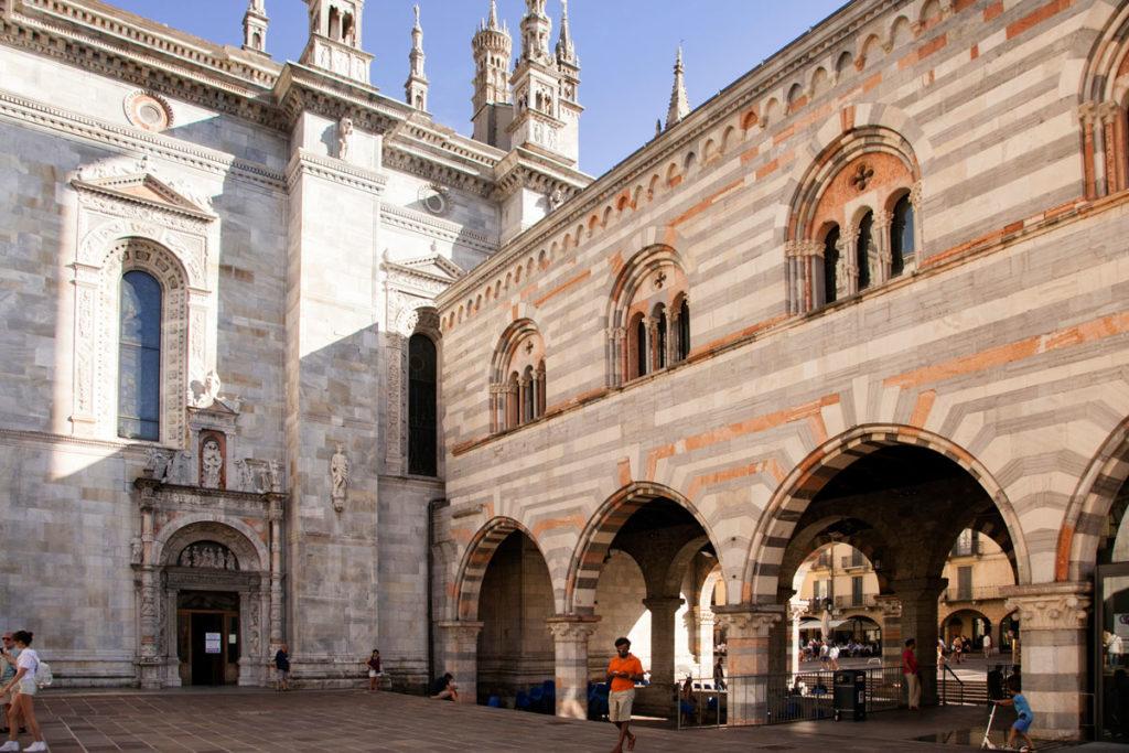 Palazzo del Broletto Adiacente al Duomo - Como via Pretorio