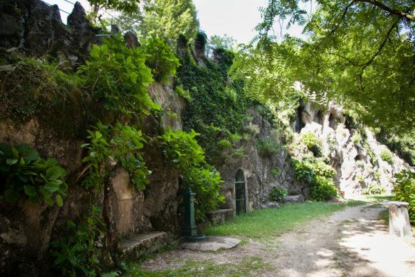 Parco Comunale Marenghi sotto Faro Voltiano lago di Como