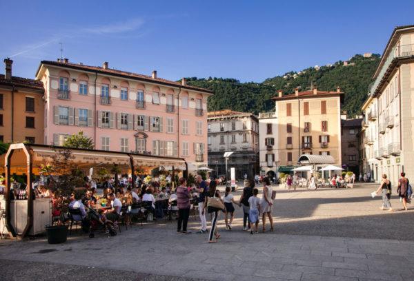 Piazza Alessandro Volta di Como
