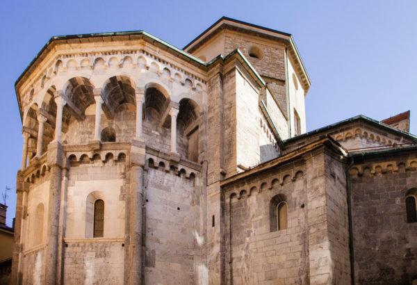 Portici e Colonne nel Duomo di Como
