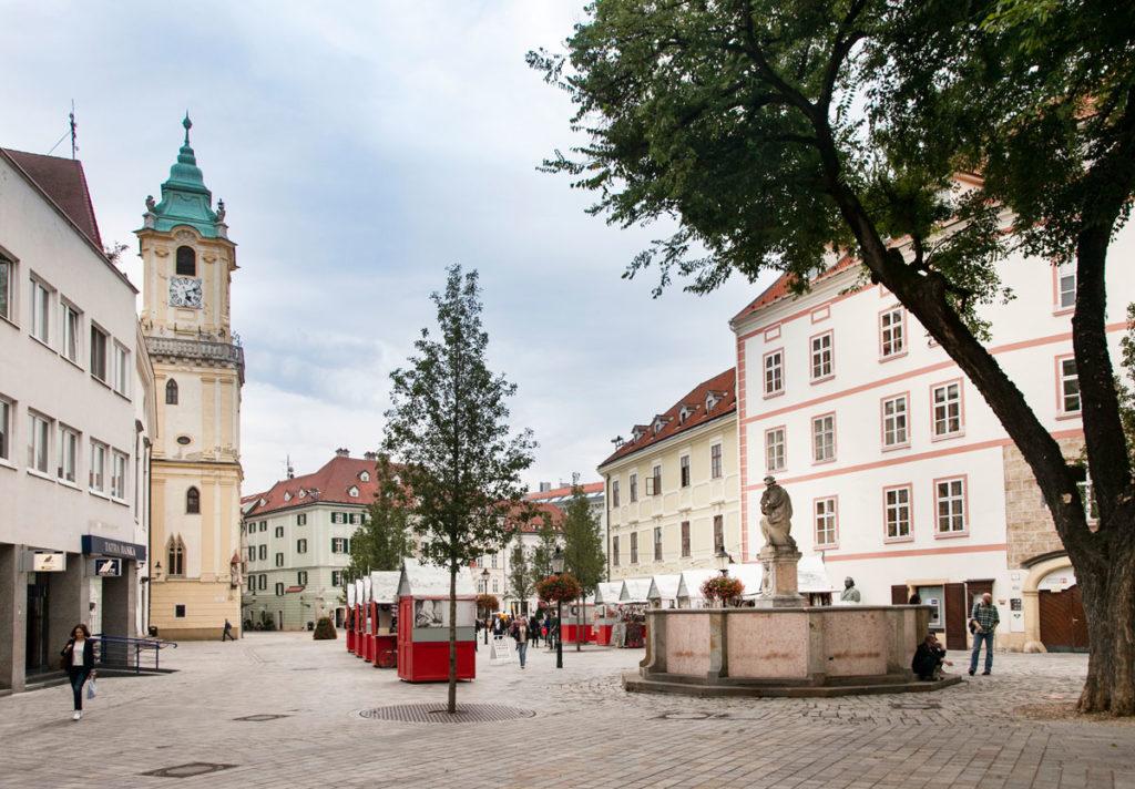 Bratislava - Piazza Frantiskanske Namestie