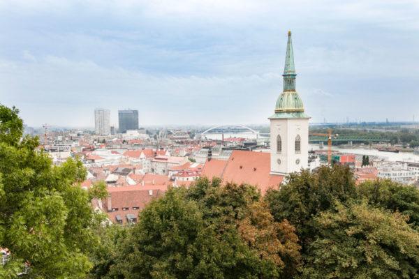 Campanile di San Martino e panorama sulla città di Bratislava