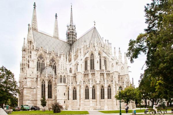 Chiesa Votiva di Vienna - Guglie