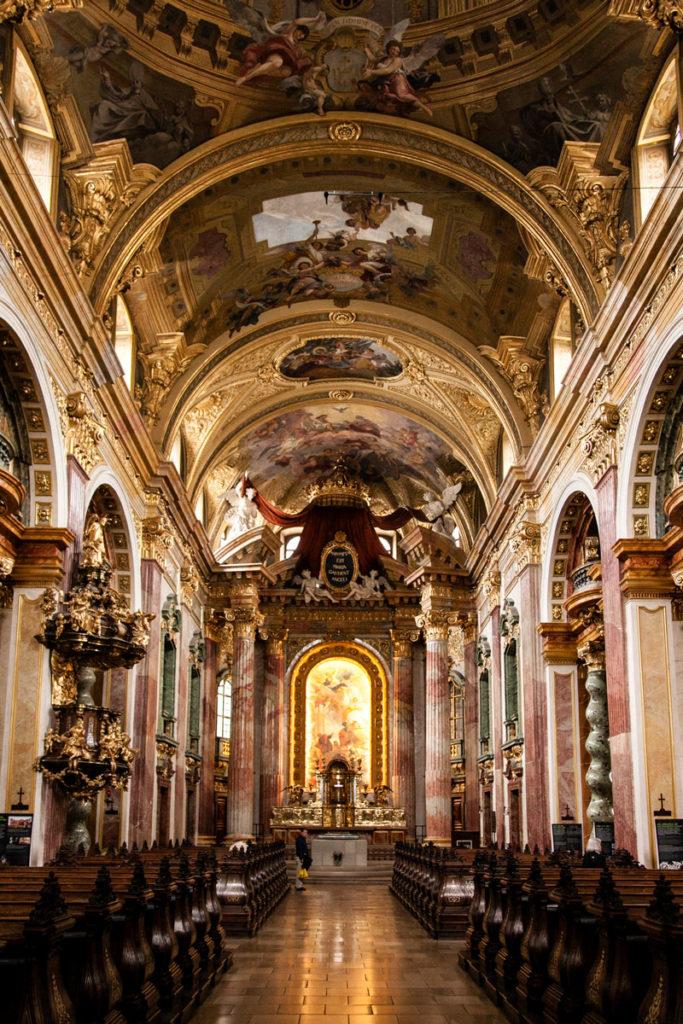 Chiesa dei Gesuiti - Interno