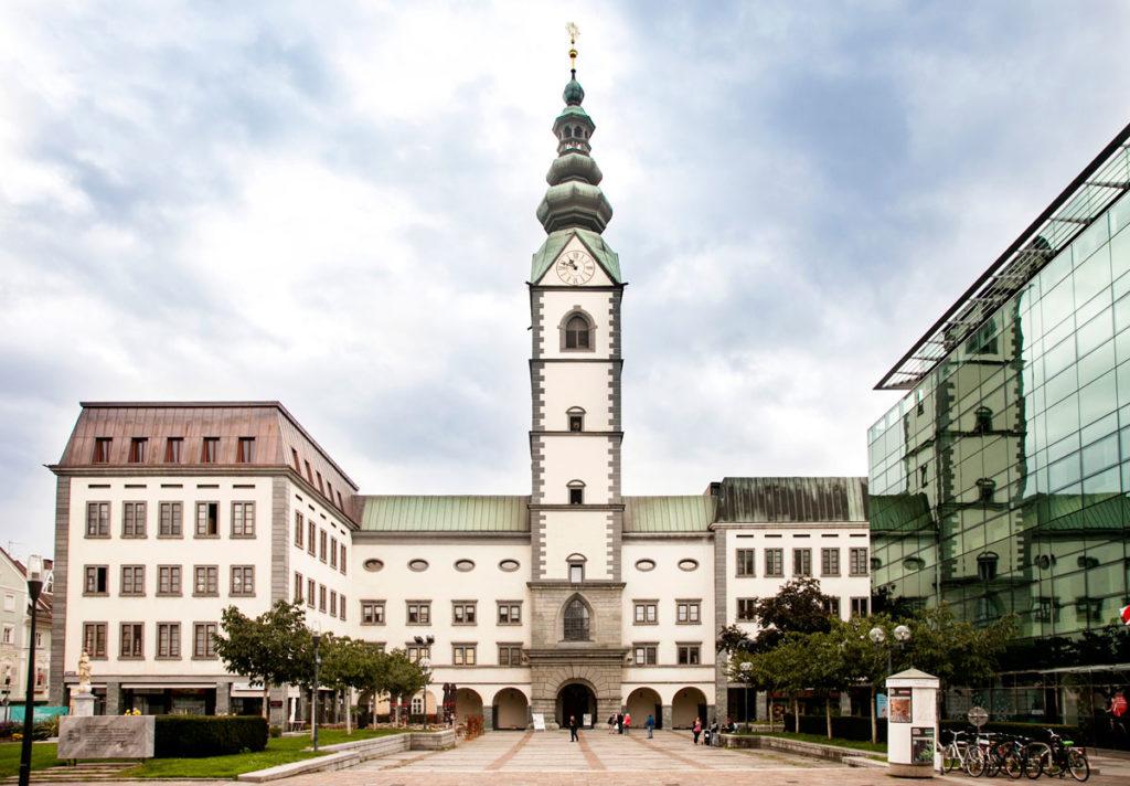 Duomo di Klagenfurt - Dom St. Peter und Paul Fassade