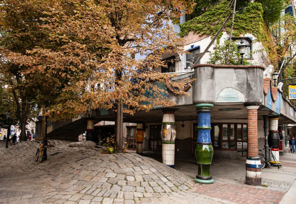 Ingresso delle Hundertwasserhaus - Case Strane di Vienna