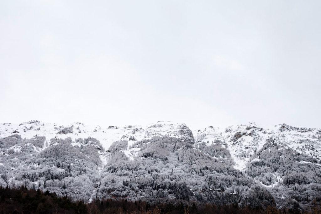 Neve sulle Cime della Montagna